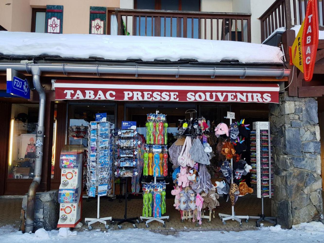 TABAC PRESSE DU ROND POINT DES PISTES