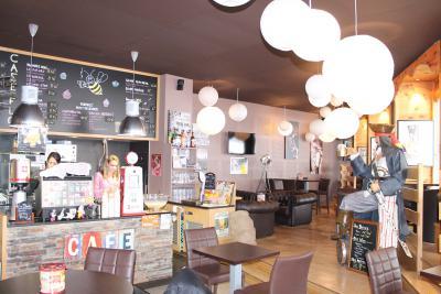 CAFÉ FLO