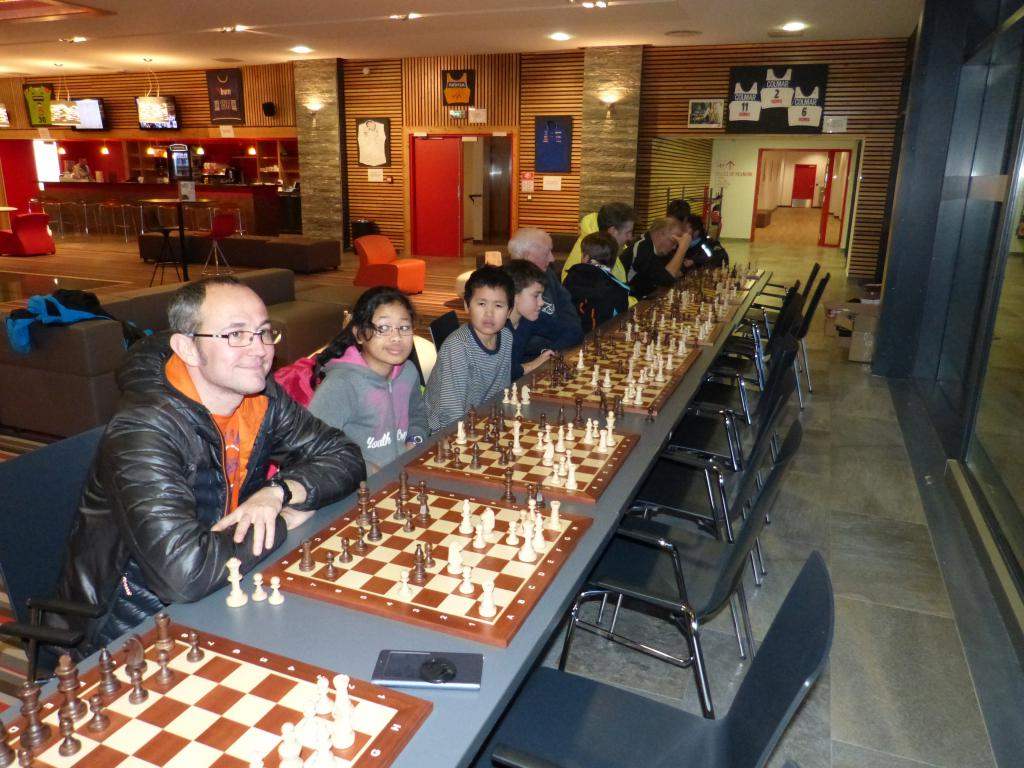 COURS D'ÉCHECS   CHESS CLASSES